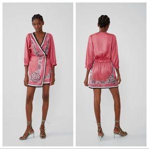 NWT. Zara Mini Printed Crossover Dress. Size S.